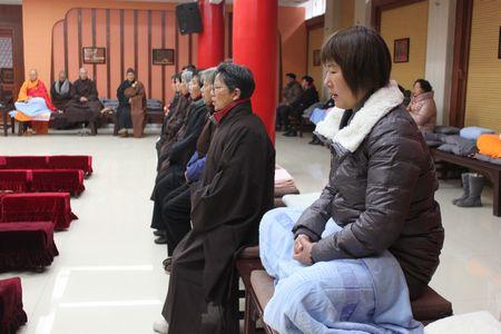 江苏扬州文峰寺举行冬季佛七法会