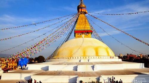 中国佛寺重修尼泊尔大佛塔转经路