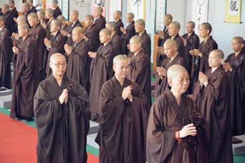 广东梅州千佛塔寺十位沙弥尼求受式叉尼戒圆满