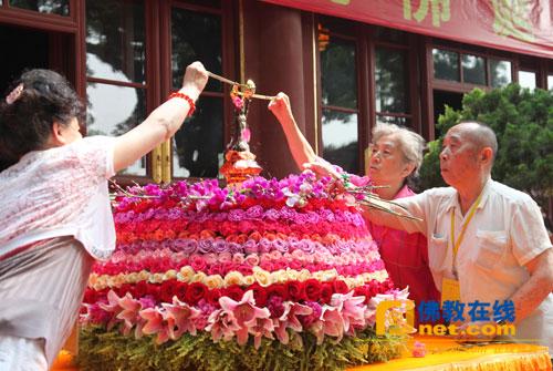 593703204_中国佛教协会庆祝佛诞节浴佛盛典在广济寺隆重举行 ...