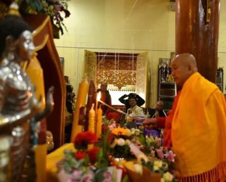 西双版纳州佛教协会圆满举行西双版纳总佛寺大雄宝殿落成开光.jpg
