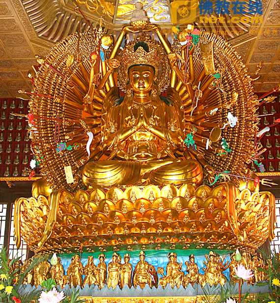 少林寺四面千手观音像及莲座下小佛像