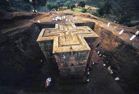 拉利贝拉岩石教堂