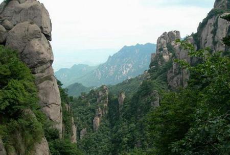 据了解,九华山风景区服务质量要求是安徽省第一个风景区服务质量标准