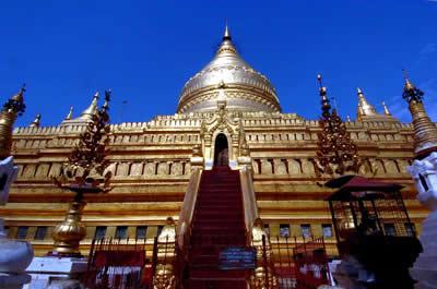 5千余座佛塔分布缅甸布甘塔林地区(图)