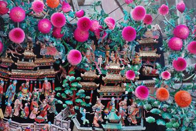 塔尔寺上下花院酥油花元宵节竟相绚丽绽放(组图)